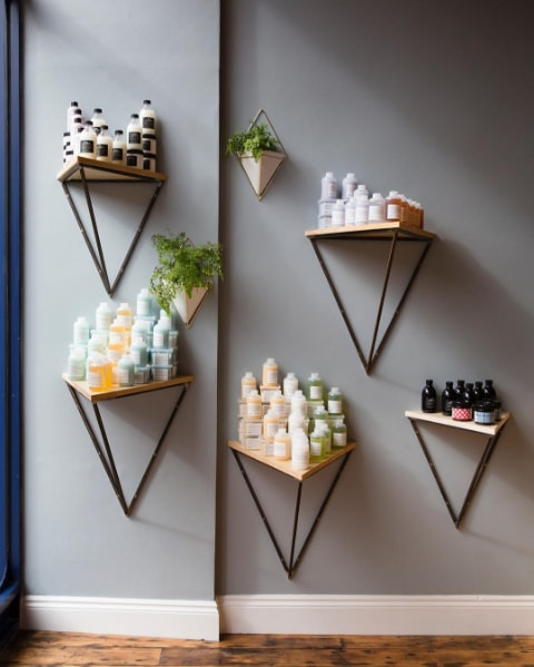 hairdressers in london - salon wall design